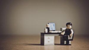 人と関わりたくないなら一人で仕事をするべき
