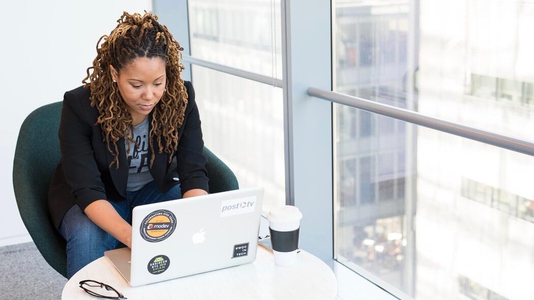 女性がいきなり一人で働くことはおすすめしない注意点