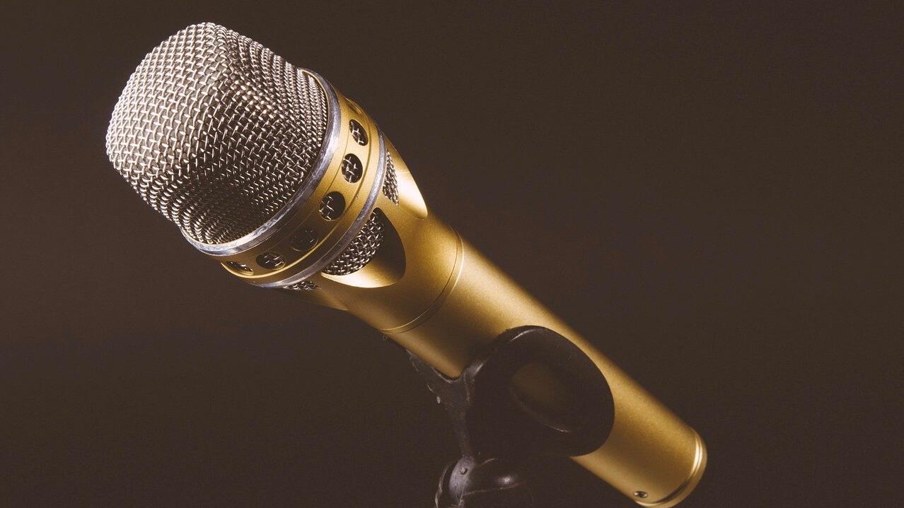 どの音声メディアが生き残るのか