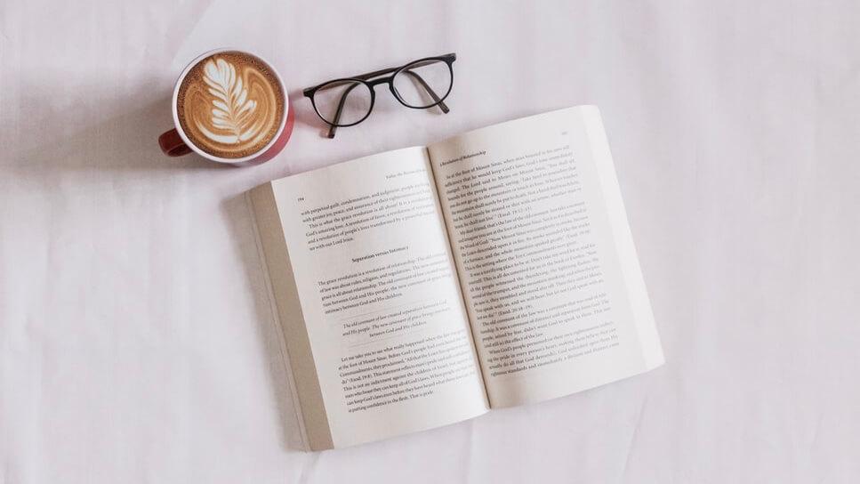 【2021】マジで読んでほしい!社会人が成長できるおすすめの本10選